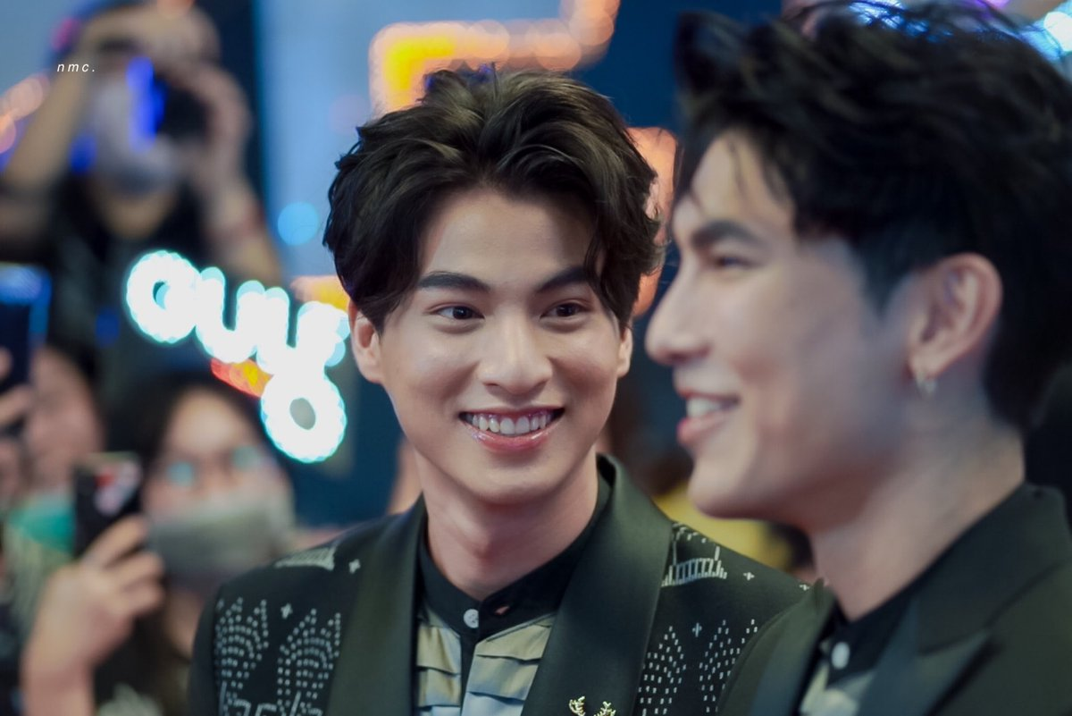 He always gives him these looks  #Mewgulf  #หวานใจมิวกลัฟ
