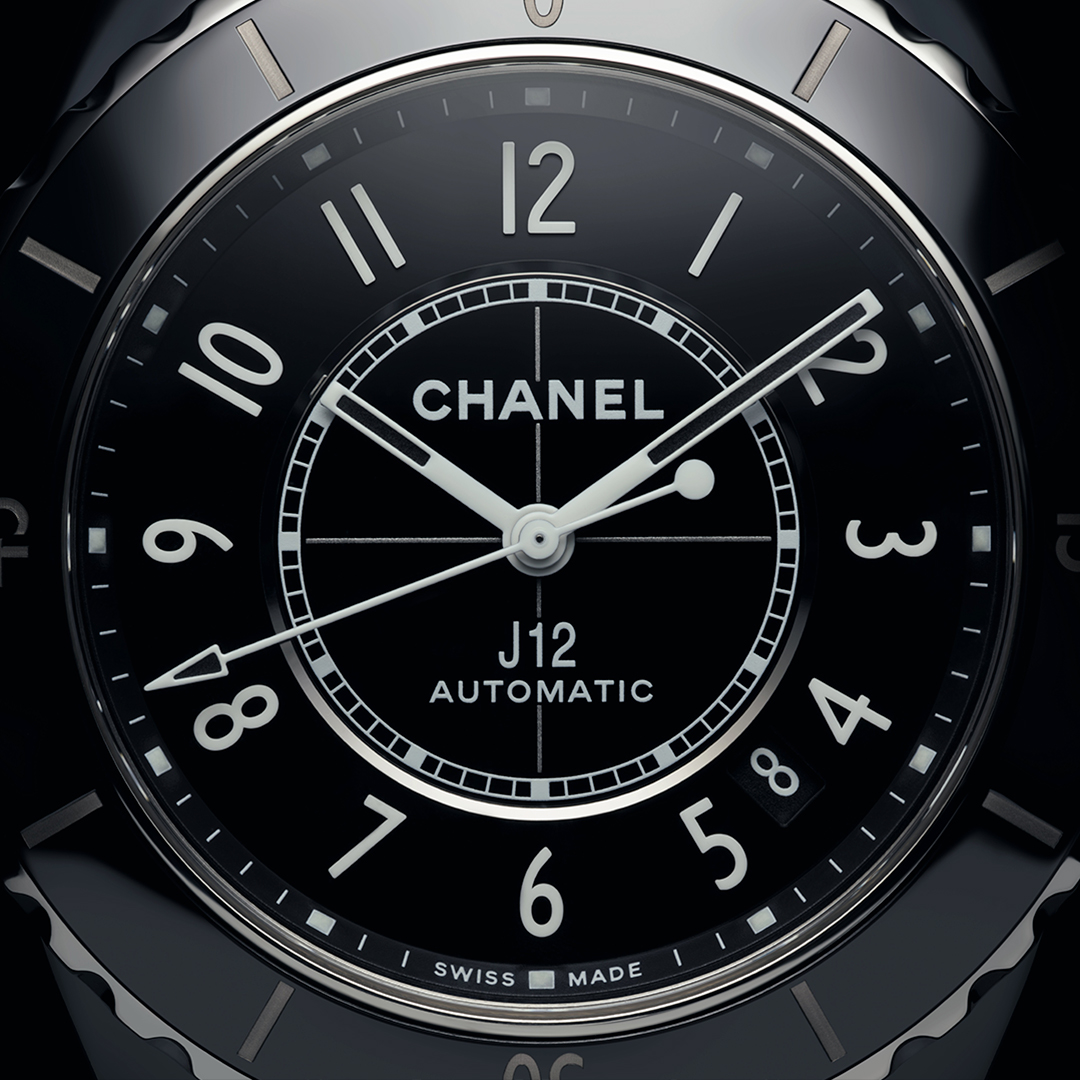 J12 TURNS 20 Always in motion, the iconic CHANEL watch travels through time without ever losing its identity. Discover more on https://t.co/ahaUituss4 #J12Turns20 #CHANELWatches #ItsAllAboutSeconds https://t.co/VvTb00TM0N