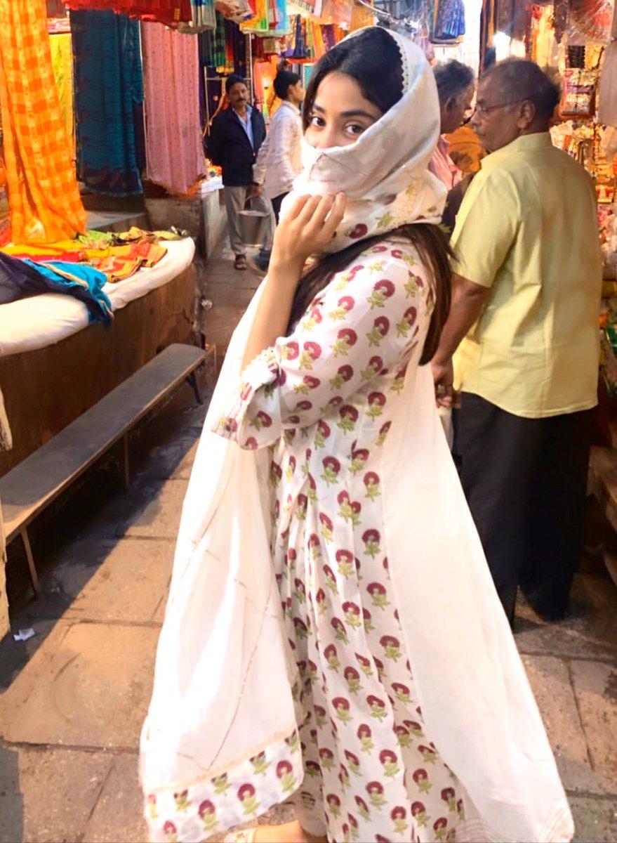 @jhanviKapoor346 #ramadankareem ❤️🙏🏻🤲🏻🧕🏻 #RamadanMubarak #Ramadan #Ramadan2020 ❤️ https://t.co/38bwjsAJSV