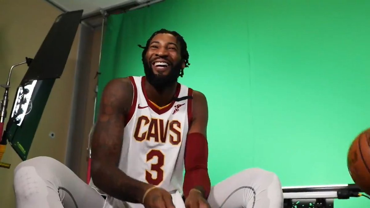 That #FridayFeeling with @AndreDrummond on the beat! 🥁 @Cavs216Stix