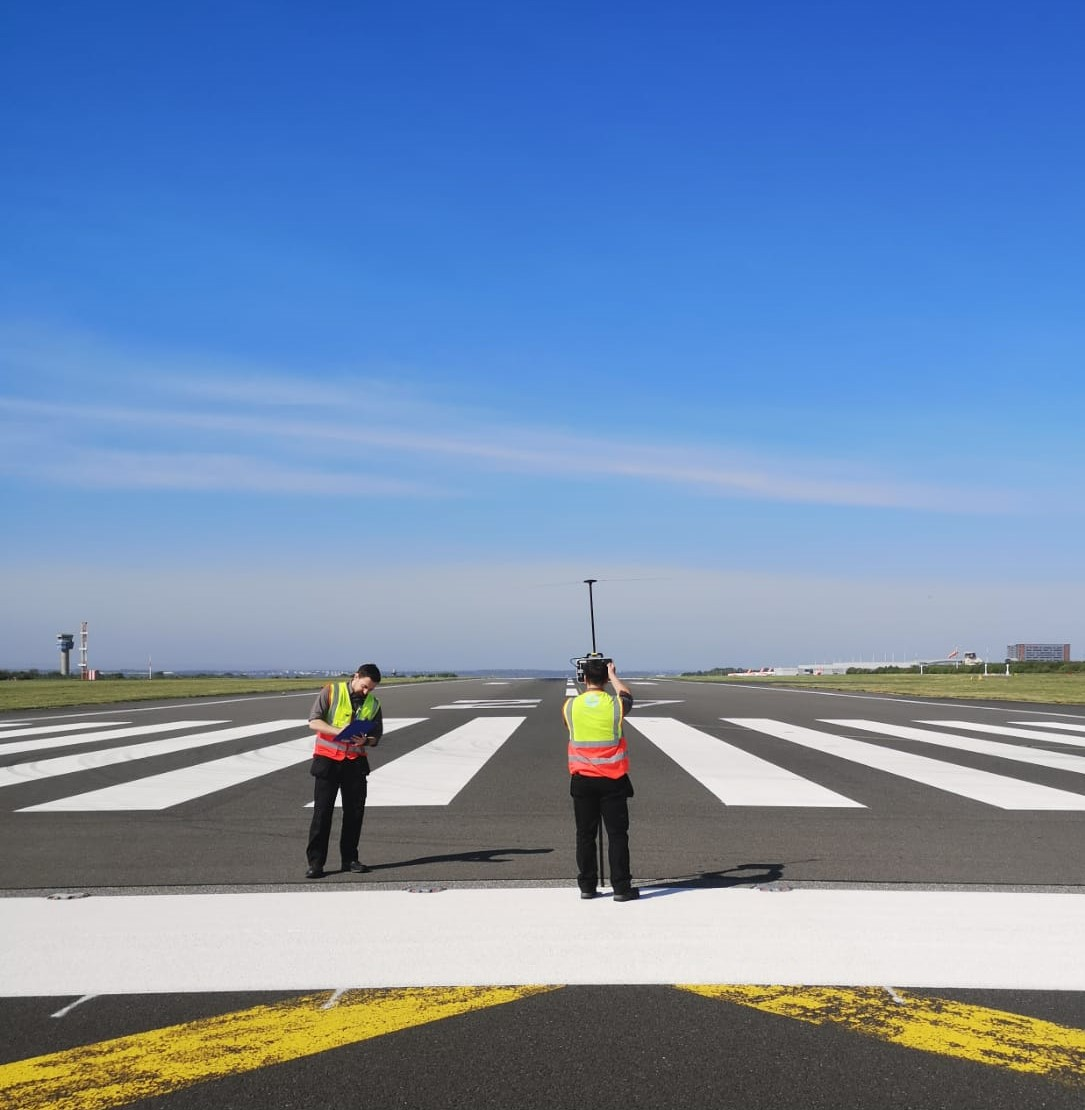 We need to stay safe at this difficult time, but whilst it's quiet now at LJLA, we're working hard to be ready to welcome back flights soon. Our Air Traffic Engineers have been out on the runway using test equipment to make sure our ILS is accurate at all times #StayHomeSaveLives https://t.co/pYjrWY9ADf