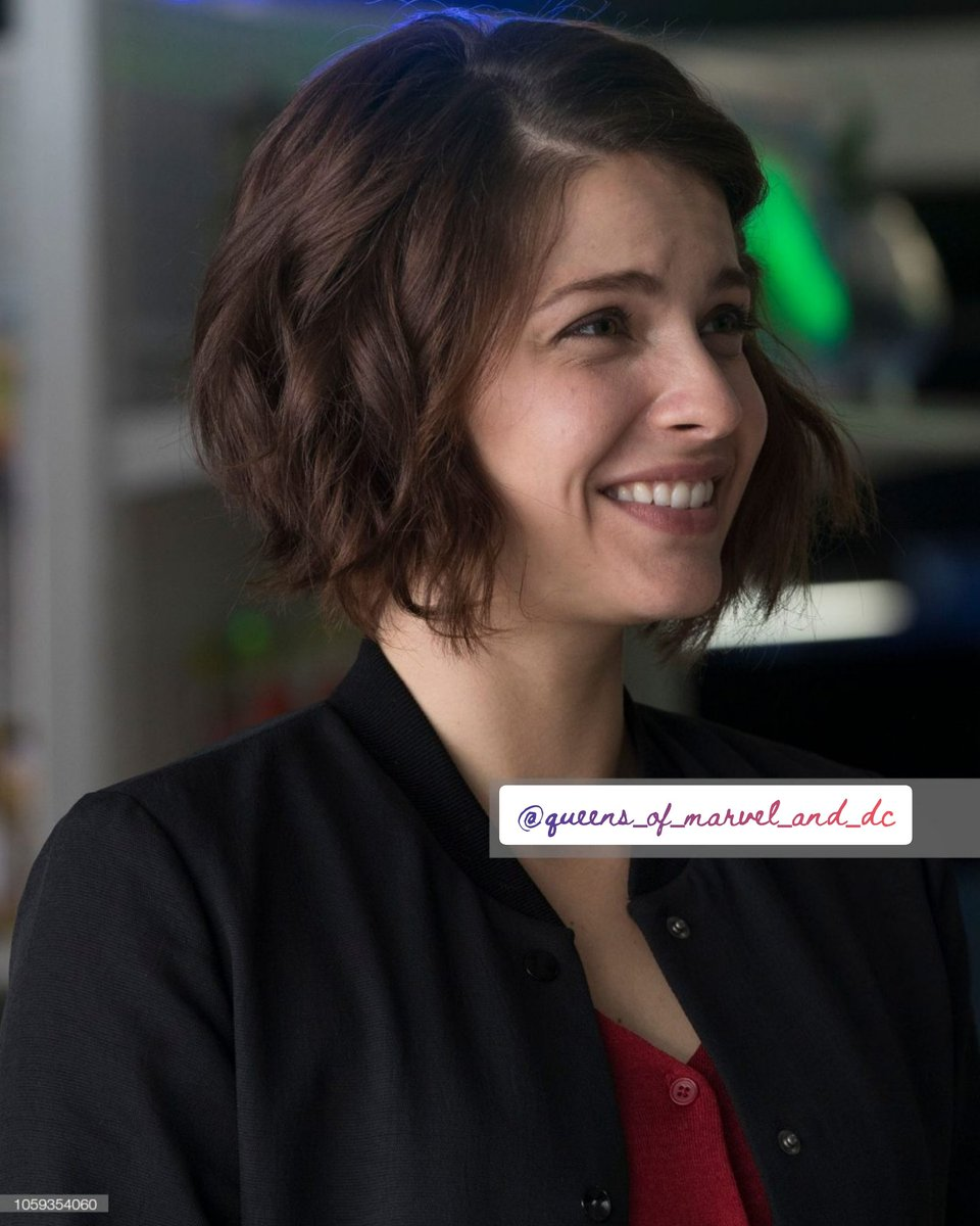 Adorable and nice #paigespara aka #leadilallo from #thegooddoctor 🌹💕♥️(please don't comments any spoilers bcz I only finished season 1 )  #lea #shaunmurphy #adorablegirl #lovely #nice #TVseries #love #friendship #freddiehighmore #SonyPictures