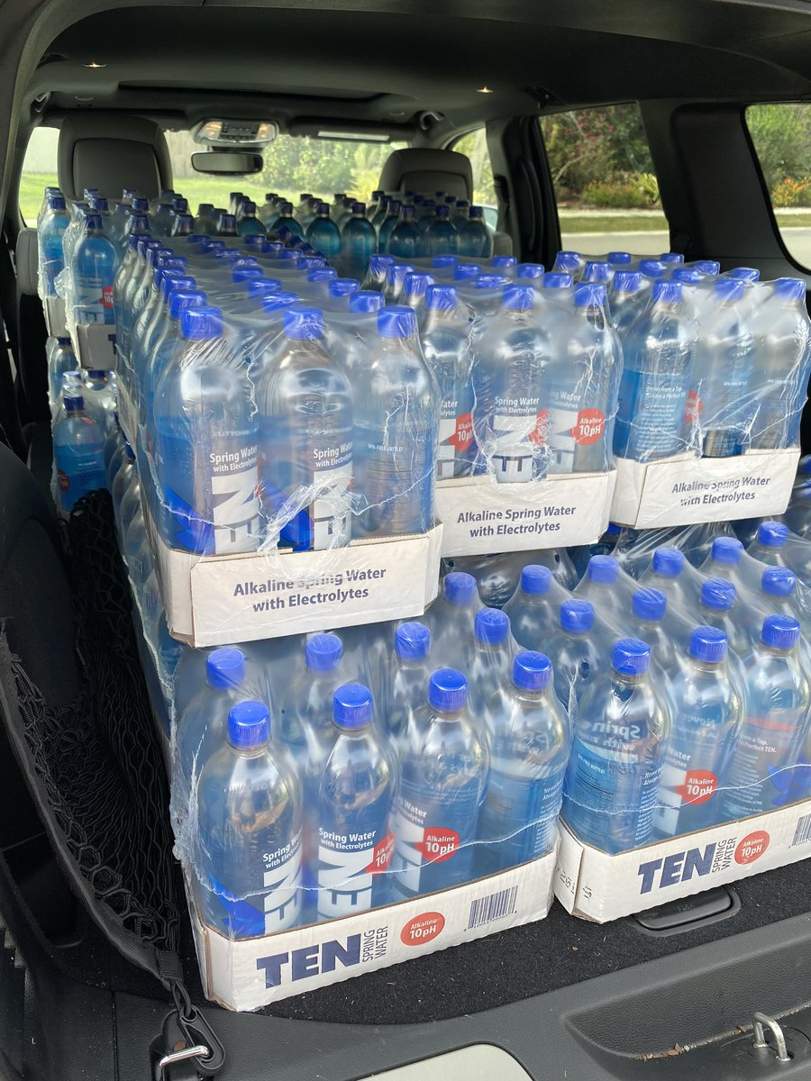 30 cases of the greatest water thanks to my brother in law during the pandemic. TEN water to balance the alkaline levels and keep the body str8. Thank you Jose Fernandez for thinking of us... #tenwater #water #pandemic #stockedup https://t.co/FNDxZqo2sh