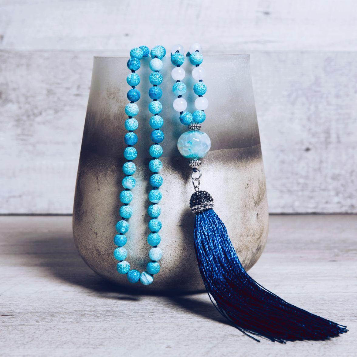 ғʀᴏsᴛᴇᴅ ᴄʀᴀᴄᴋʟᴇ ᴀɢᴀᴛᴇ ᴍᴀʟᴀ ɴᴇᴄᴋʟᴀᴄᴇ ‧ Who is looking forward to the summer?🌞😎  > >   ‧ #zodorart #beauthentic #etsycommunity #etsyshop #newcollection #ss20 #etsyhandmadejewelry #handmadejewelrydesigner #oneofakindjewelry