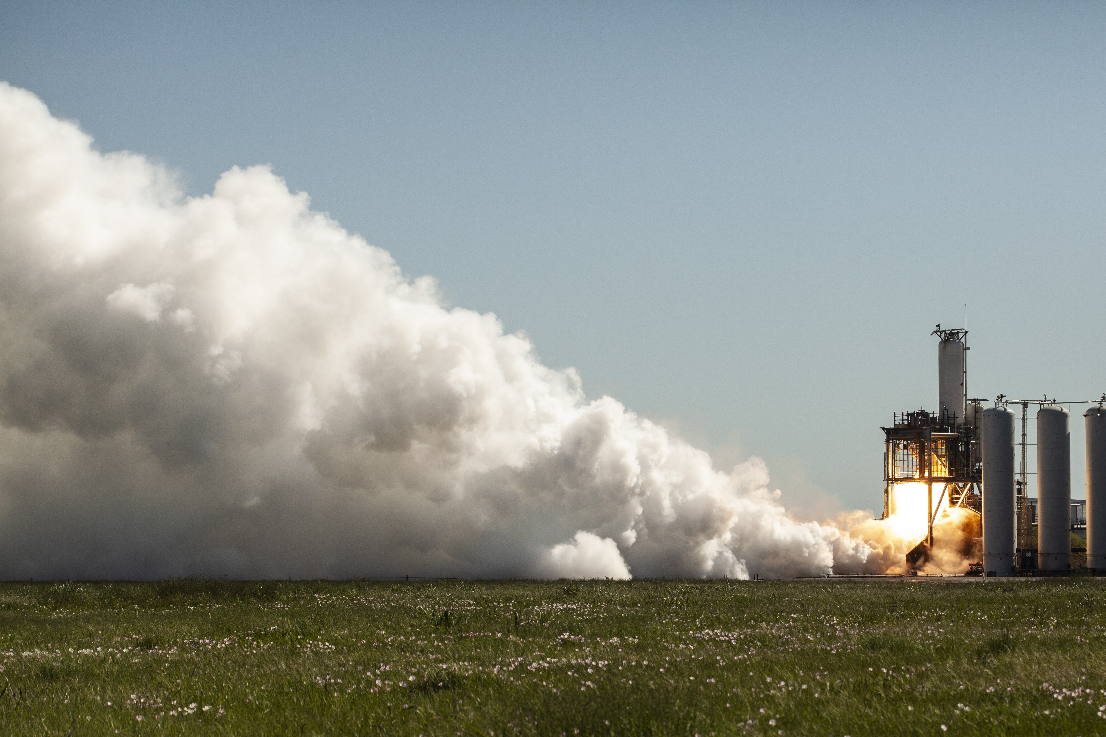 Falcon 9 (Crew Dragon USCV-1) - KSC - 31.10.2020 EWZ_7mjVcAA-huZ?format=jpg&name=4096x4096