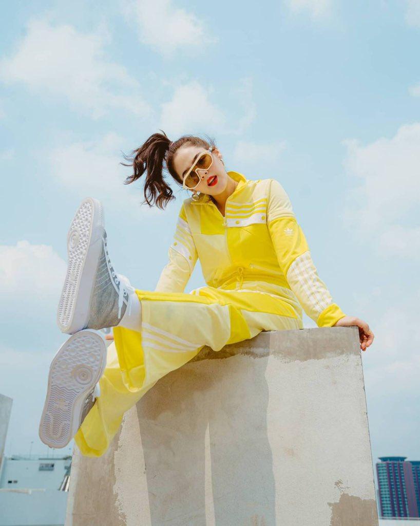 "#KarenWalker as worn • K.Chompoo Araya in ""Tribon"" sunglasses  Eyewear Distributed by @quad22_thailand  #sunglassses #eyewear #meneyewear #quad22 #quad22thailand #womeneyewear #KarenWalkerEyewear #chomismaterialgirl #สายฟ้าพายุ"