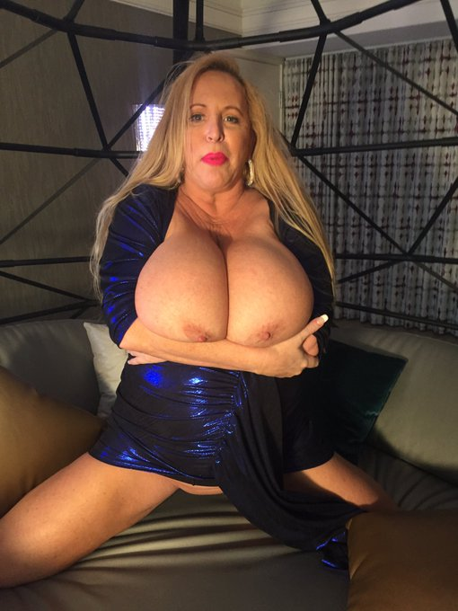 I will be live online in about 20 minutes or so 830 for a while that's PST time please use this link