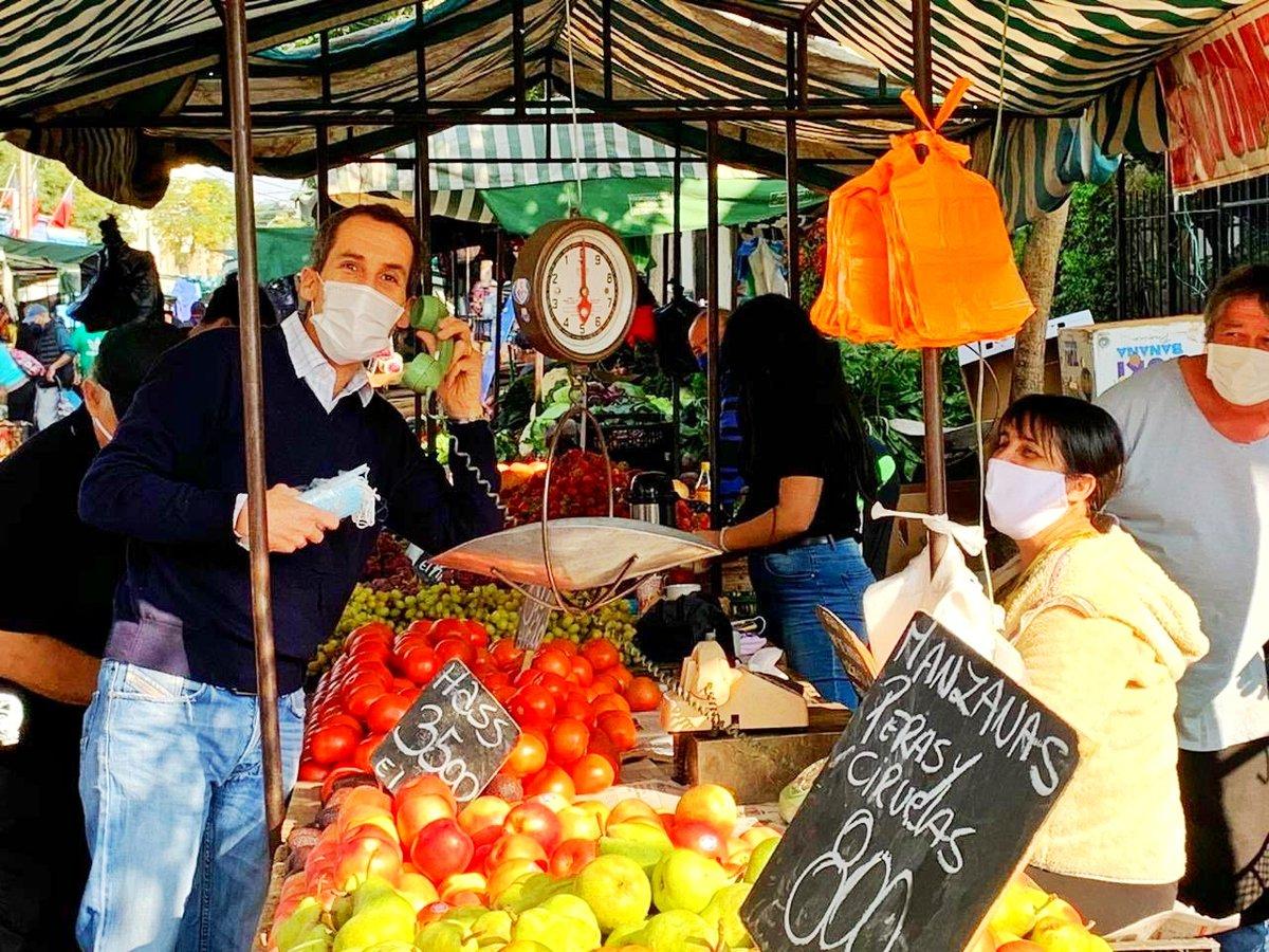 Hoy se lanzó #PedidosSanos, modalidad de compra de frutas, verduras y otros, los días de ferias a través de la app @pedidosya con apoyo del programa @EligeVivirSano. Las ferias integradas ahora son: Herrera, Martínez de Rozas, Esperanza, Coquimbo, 10 de julio y San Camilo.pic.twitter.com/IihsHnBGoM
