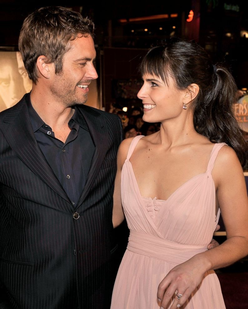 Happy Birthday @JordanaBrewster!! 💙 #FastFam #TeamPW https://t.co/nlAQmqdLMd