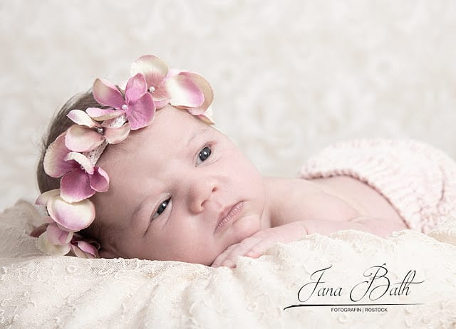 Babyshooting Termine verfügbar. Besucht mich auf http://babyshooting.de #rostock #geburt #babyfotografiepic.twitter.com/9jGtNnsmQM  by Jana Bath