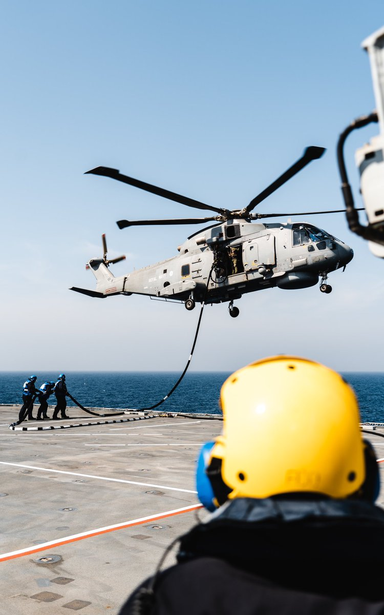 The intricate evolution of HIFR, or Helicopter In-Flight Refuelling, was practised numerous times with a Merlin from @RNASCuldrose, allowing vital skills to be kept up!