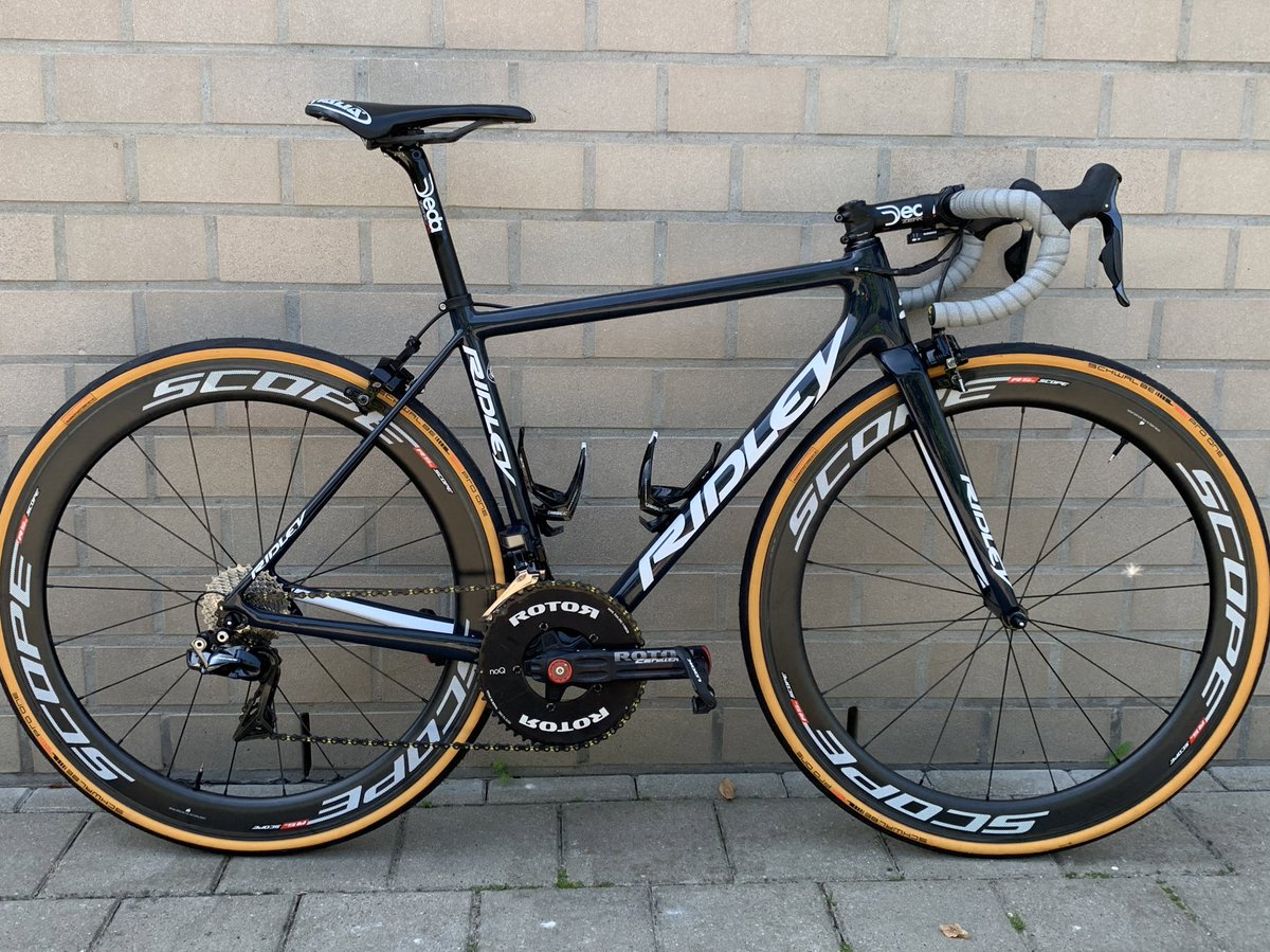 / If this bike won't give you extra motivation to train, than what will?!    Thankyou @Ridley_Bikes - @ROTOR_bike - @lizard_skins - @ShimanoROAD - @kmcchain - @lookcycle - @selle_italia - @cemabearing - #deda - #schwalbe - @CTBingoalWBpic.twitter.com/TZpmY7x3Qj