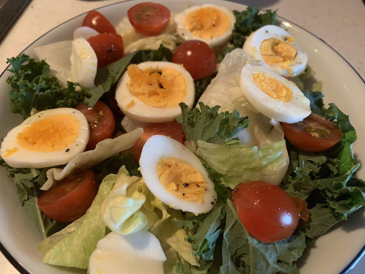 朝ごはんはレタスとケールのサラダ🥗#ダイエット#減量飯#朝ごはん#サラダ