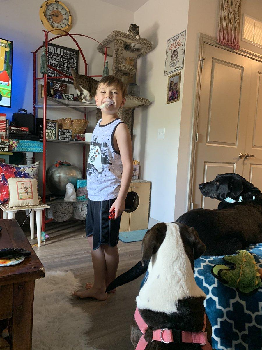 @FredTJoseph $greendayiloveyou please help me and my son