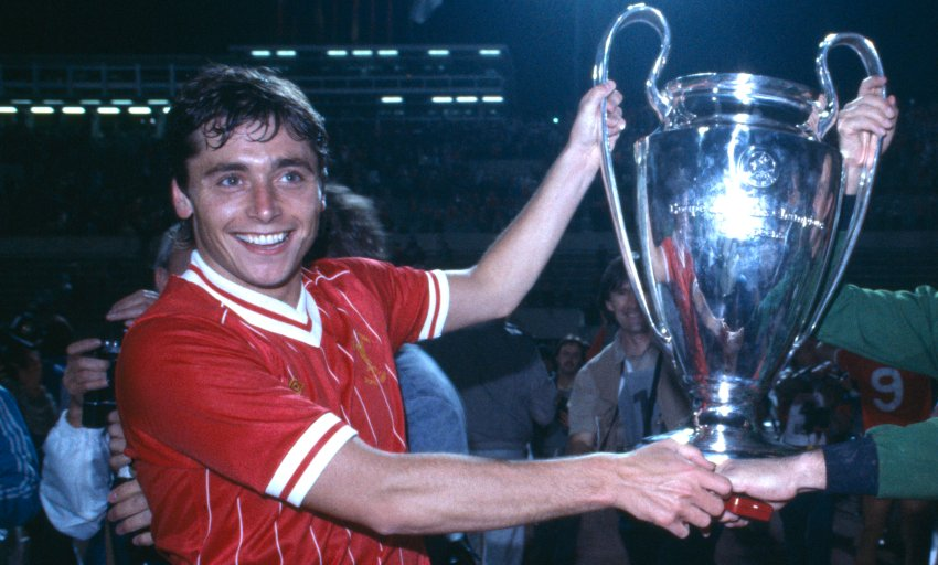 We're deeply saddened by the passing of former player Michael Robinson, aged 61.  The thoughts of everybody at Liverpool Football Club are with Michael's family and friends at this sad time.   Rest in peace, Michael. https://t.co/o8Zu3hjICc