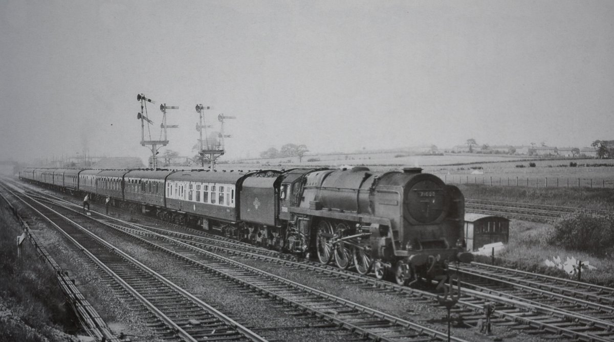 BR Class 8P No 71000 'Duke of Gloucester' passes Hartford Junction with the 10.10am Glasgow to Birmingham express. Date: 1st June 1960  Photo by John Hilton. #steamlocomotive #1960s #expresstrain #Cheshirepic.twitter.com/DMTZRyRjqi