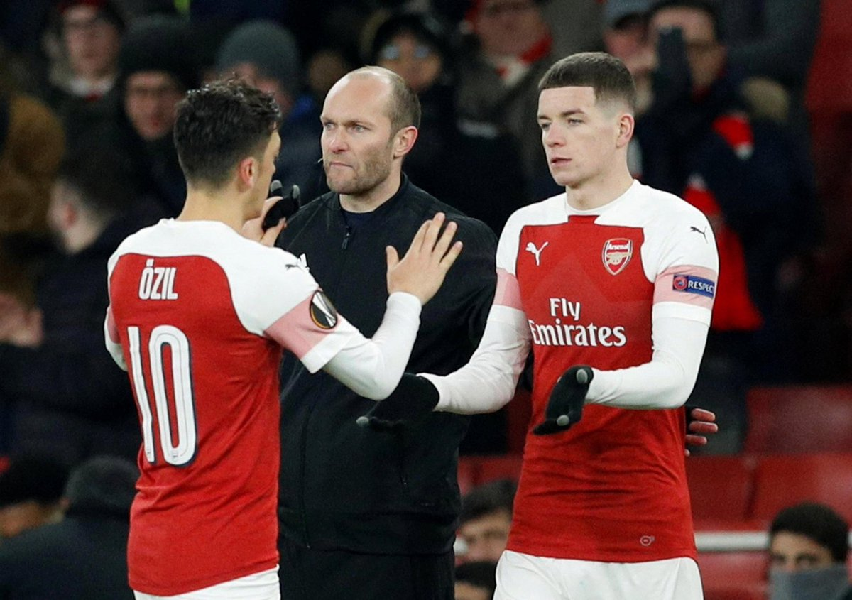 """Charlie Gilmour on Mesut Özil: """"I still look at the picture [substitution for Özil] every day, whenever I'm feeling down or even happy I'll just look at the picture, I've got it as my screensaver. He is definitely the best player I've seen up close in training."""" https://t.co/HXsIrAUYwF"""