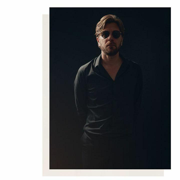 Ruben Östlund 📸 by me Assistant : @livia_borel  #RubenÖstlund #TheSquare #palmedor #director #cannesfilmfestival #FestivalDeCannes #bertrandnoelnoel #bertrandnoël #portrait #portraiture #portraitphotography #photoshoot #arte #artecinema #cinema #mode… https://t.co/ZAHDGRnwXj https://t.co/EqKB8AjulL
