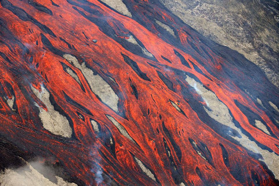 Technically lava can kill coronavirus, but there's a good reason why no-one is using it in the fight against the ongoing pandemic: nothing else would survive the encounter with molten rock either.