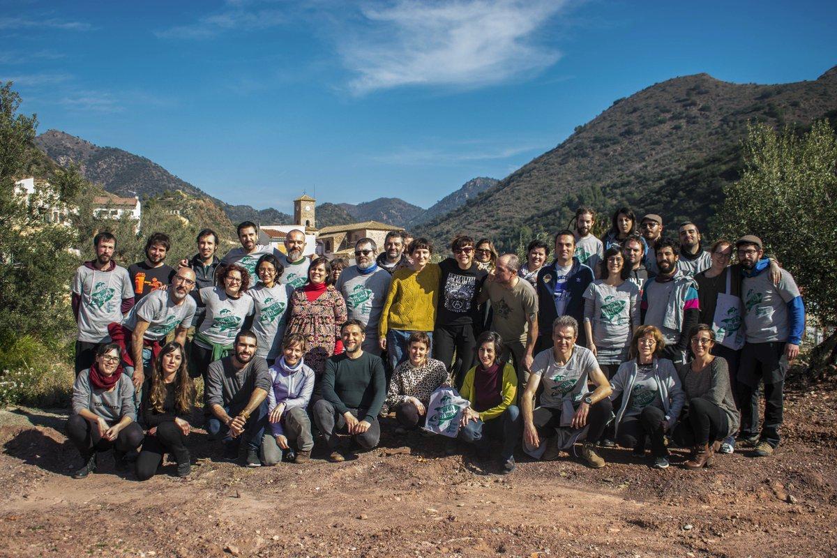 @Reas_Red @sabin_mad @ibandrestwit @carlaliebana @miki_batalla @perusasia @adeucapitalisme @GonzaloRevilla @reaspv @REASEuskadi @reasmurcia @ReasMadrid @REAS_Aragon @reasandalucia @REASExtremadura @REASNAVARRA @REAS_Galicia @XES_cat En el #PaísValencià nos constituímos como asociación en 2014, ya son 6 años de trabajo, de proyectos, de alegrías, dificultades y eso sí, cada vez más convencidas de la necesidad de avanzar hacia un paradigma centrado en el cuidado de la vida. @reaspv Felicidades!! #REAS25Años https://t.co/n5WCoMP41F
