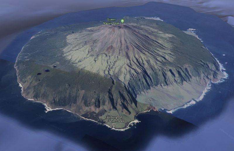 Tristán de Acuña vista de la isla