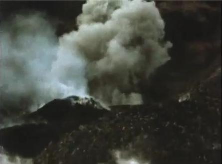 Erupción del volcán en Tristán de Acuña