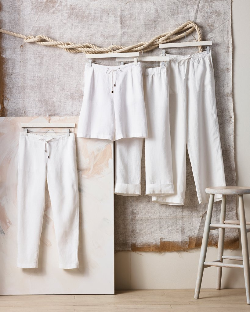 Linen: It's versatility and ease make it this season's favorite fabric. Click the link to shop: https://t.co/mbdMb5RgZc https://t.co/QRLc7fPVWX