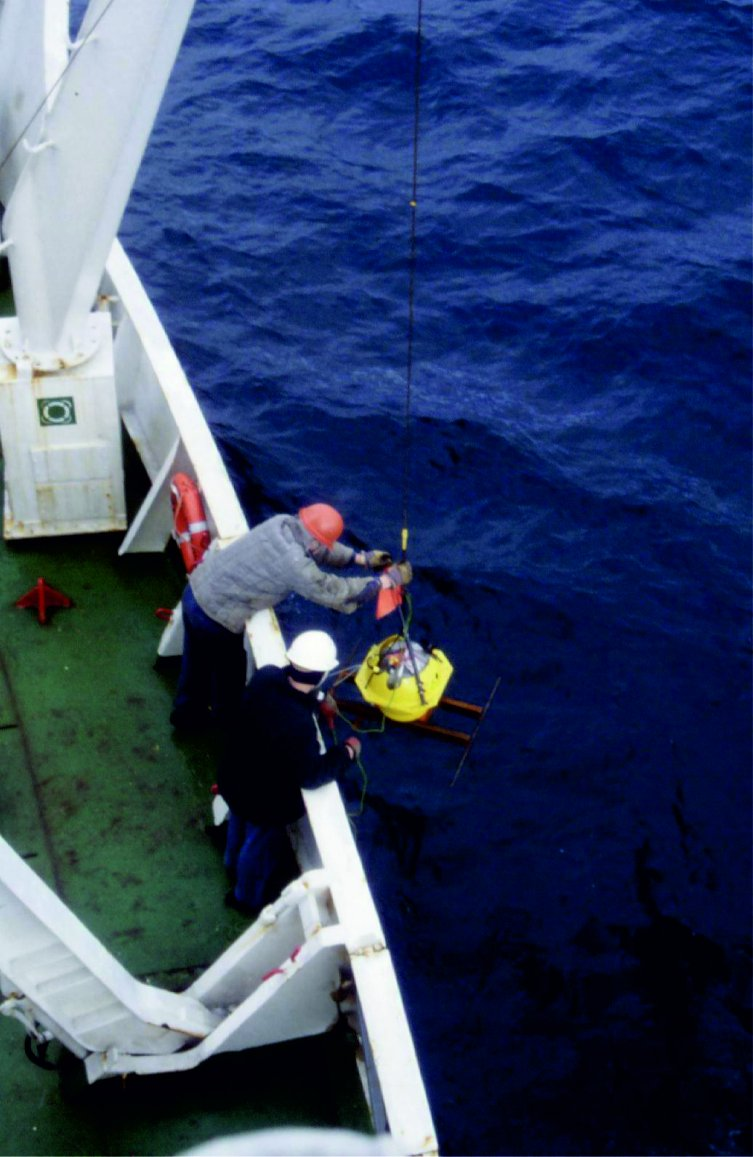 test Twitter Media - #ThrowbackThursday  In the 80s and 90s, a research team from @DIAS_Dublin led by Prof Brian Jacob used seismic equipment to survey marine basins off the west coast of Ireland. The findings formed a key part of the evidence which led to Irish territory expanding by a factor of 10! https://t.co/wkleVIZ4oU