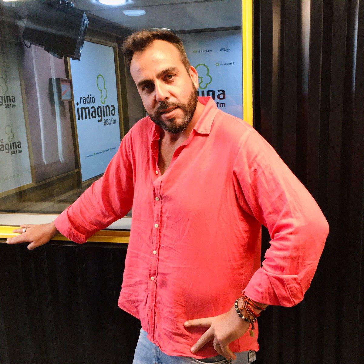 ¡VAMOS KAMINSKI! 😝 El #VacilónMatinal a cargo de @fcokaminski te espera al 📞22 381 2040, 41 y 42 🔊 y audios al wsp+569 6785 3972 la 101.3 ❤️ . . #musica #radiocorazón #lanúmerouno #cuarentena #coronavirus #quédateenradio #quédateencasa https://t.co/UgIQADUyQA