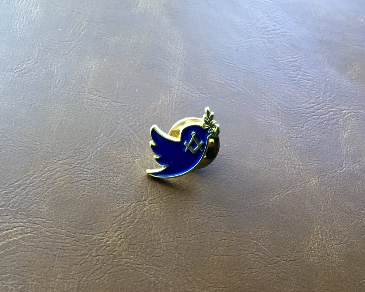 Just received my #MasonicTwitterBadge thank you @CombatPhot Pleased all donations are going to @braintumourrsch hope you manage to raise more for this charity. @ACSL8300 https://t.co/ZARM62oNka https://t.co/fxmBDFnH6l