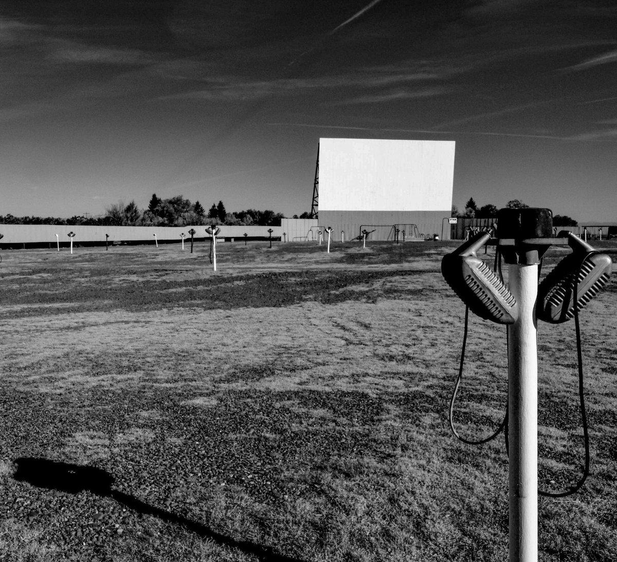 Drive-in theater, Monte Vista, Colorado, October 2008. https://t.co/oKDHtQEtdx