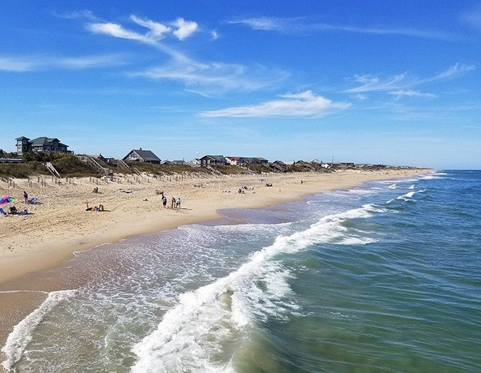 Did you know that the @theouterbanks has miles of beaches that are perfect for social distancing? And now is the time to visit #OBXnow and enjoy the natural beauty of the North Carolina coast.  Visit their website to start planning your getaway - > https://t.co/l3wKM1SVWI https://t.co/gC5gicqqWg