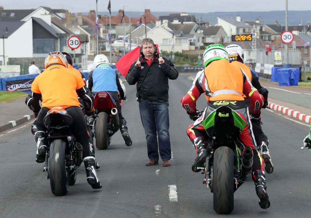 We all have to wait until next year now to go racing again and that seems like a long way off so just imagine how long it will feel for the newcomers who had planned to be on the grid today for the first time!  #livingthedream #NW200 @fonacabbelfast @NichollOils @VisitCausewaypic.twitter.com/FLpouSJZkk