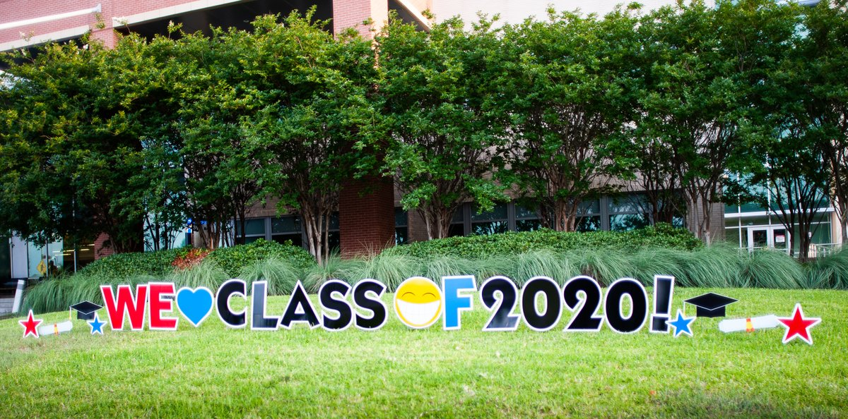 We ❤️️ our classes of 2020! 🎓  #WeAreUTSD https://t.co/h0BxLwuRRU