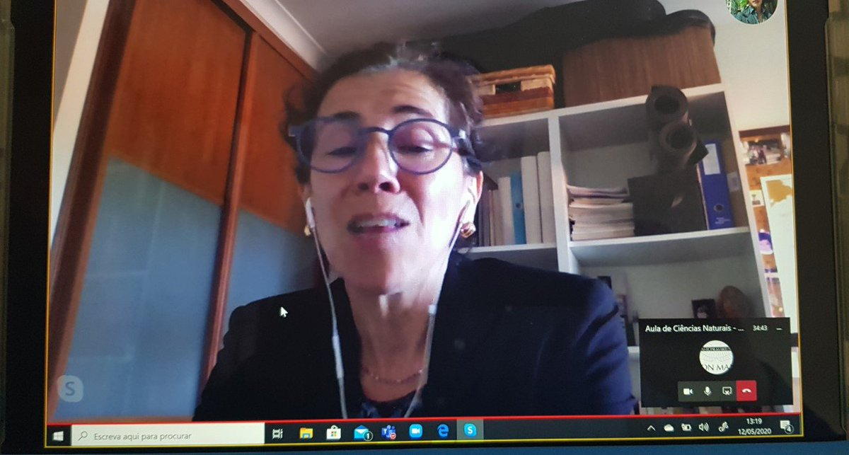 Skype @ Natural Sciences 7.º: on distance learning talking about Rocks with Helena Sant'ovaia! # a great moment for my students! #inovacao #edu #educacao @PTMicrosoft @Educacao_PT @AnthonySalcito @musicadc2013 @Pedro_Duarte @CratoNuno @rgrilo @mjoaohortapic.twitter.com/1VeSSUb2We