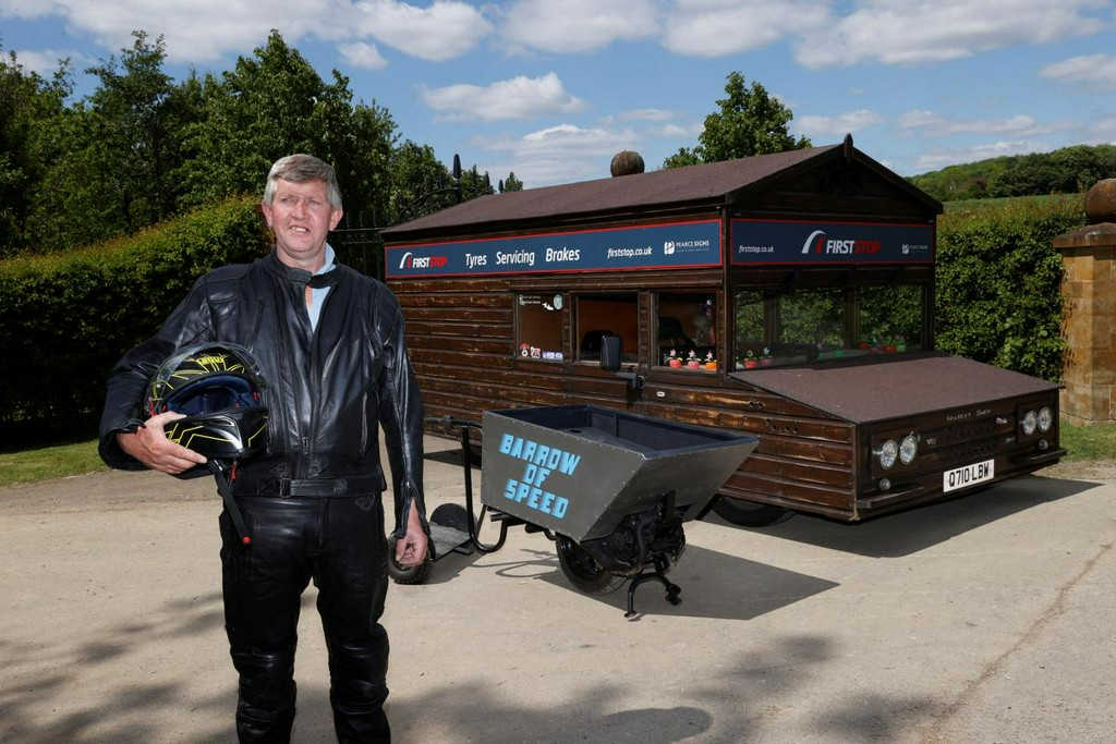 Motorised British wheelbarrow aims to set world speed record https://t.co/DId10YC9d2 https://t.co/wRGrQgLhan