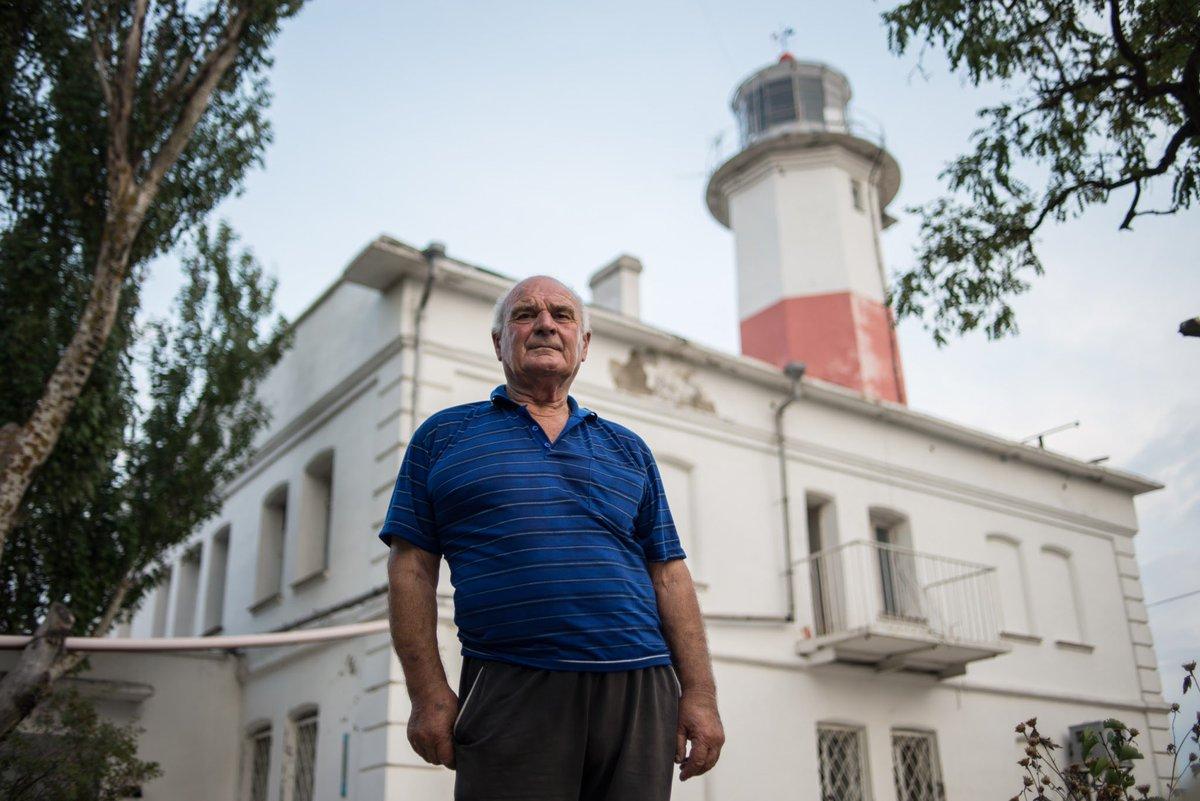 Більш ніж півстоліття за роботою Нижнього Бердянського маяка слідкує Яків Федірко. Серед українських наглядачів маяків, що нині працюють, він – найстарший. https://t.co/oWdeqMyPU5 https://t.co/PGEtrtit9A
