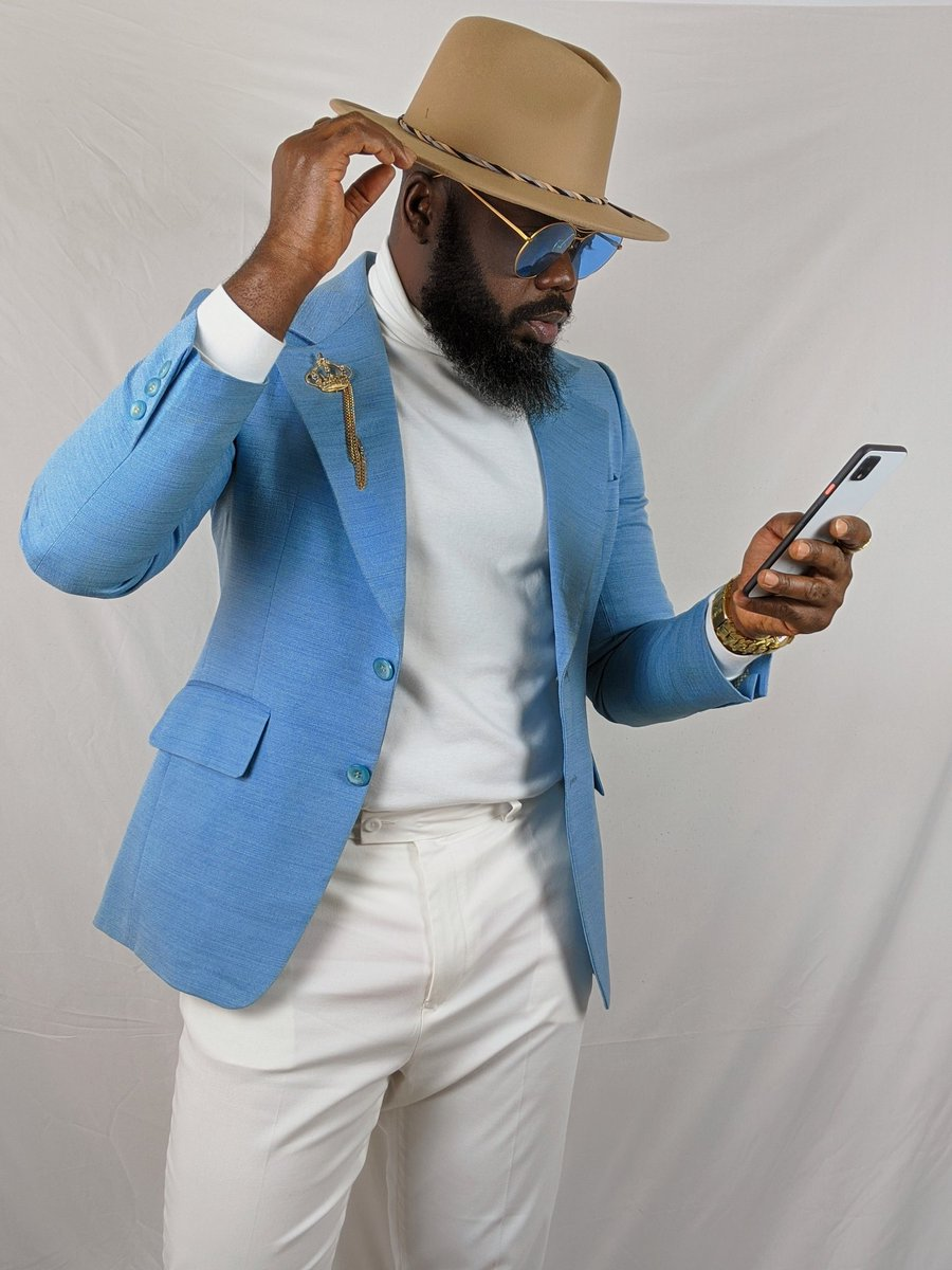 #moderngentleman #suitandtie #styleforum #menslook #dapperday #bestcasualoutfit #blackmenswear #suitgame #dapper #menstagram #dappermen #guywithstyle  #blackmenwithstyle #gentsfashion #fashiorismo #menblog #highfashionmen #mensapparel #menfashioner #bestofmenstyle #dapperlydonepic.twitter.com/X2ewAAOi1Q