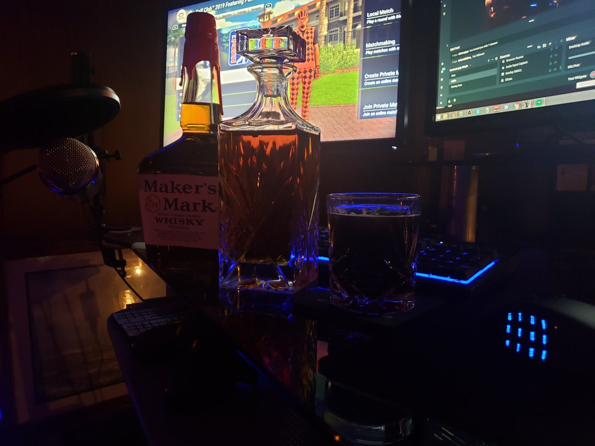 @MakersMark Made it to the streaming bunker. It really is the little things... Cheers! #GiantLittleVictories https://t.co/WzQGsDk0kH