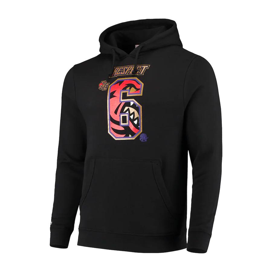 For the 6. Shop the @Raptors collection: on.nba.com/2LpK7kt twitter.com/NBA/status/126…