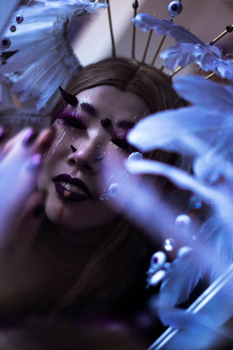 ~ 𝓹 𝓻 𝓲 𝓭 𝓮 ~  Wanted to share some of pics from a #SevenDeadlySins makeup look I did!! 👁️ and this was made from supplies I had on hand and shot in our living room :>  📸: audly.designed (IG)  #makeup #demonmakeup #makeuplooks #heavenlybodies #sinofpride #MetGalaChallenge