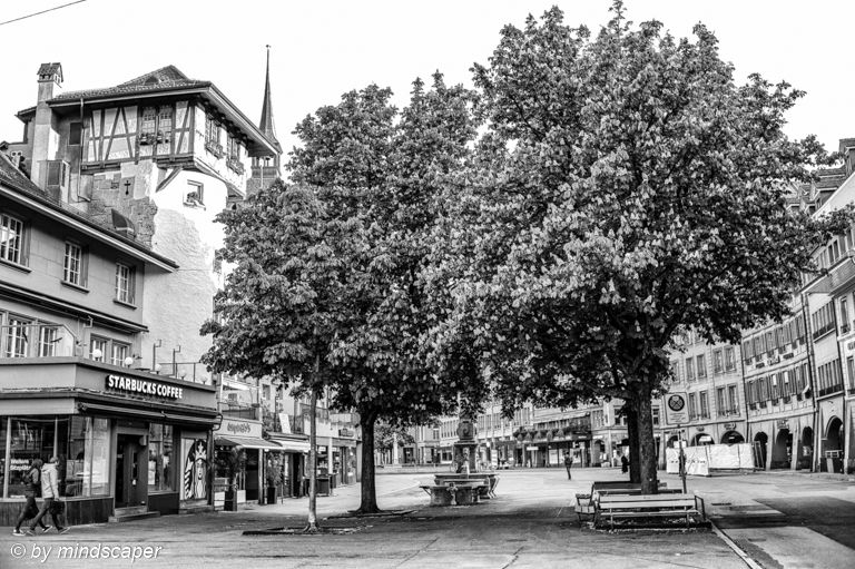 Holländerturm with Spring Trees #holländerturm #waisenhausplatz #springtree #emptycity #bnw_lover #bnw_captures #Everything_BNW  #bnw_international #blackandwhite #leicamonochrom  #igersbern #iloveswitzerland #ilovebern¨#bärnihadigärn #leicaswitzerland #leicam #leicacamera https://t.co/hy96tE3D9L