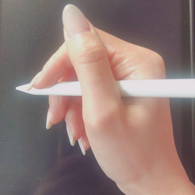 中指 ペン だこ
