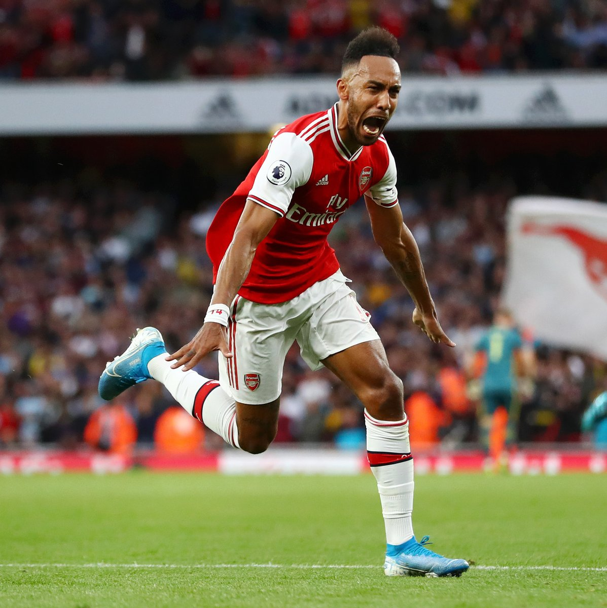 Today's #PlayerInFocus is Pierre-Emerick Aubameyang 🙌  ✅ Top scorer in Germany ✅ Top scorer in England   🇬🇦 Gabon's all-time top scorer  ⚽️ 61 goals in 97 games for Arsenal  Big player. Big personality.  🙏 @Aubameyang7 https://t.co/hFXFpiTjYM