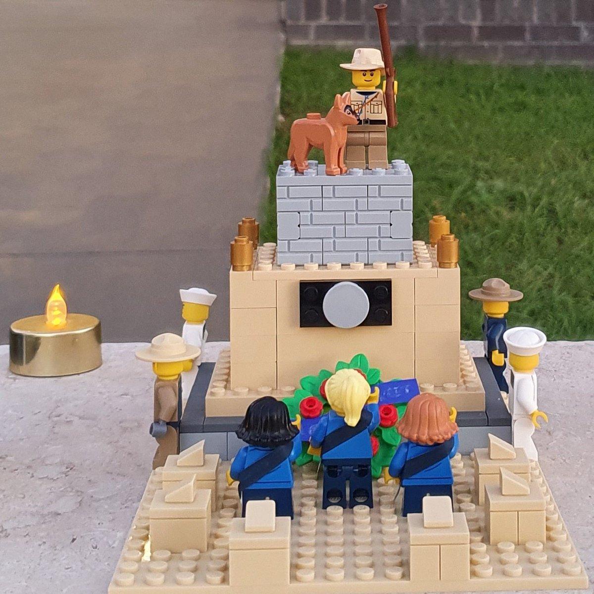 #anzacday2020 My own ANZAC Day memorial @girlguidesaust #GirlGuides #Lego https://t.co/SlNUUBIg7C