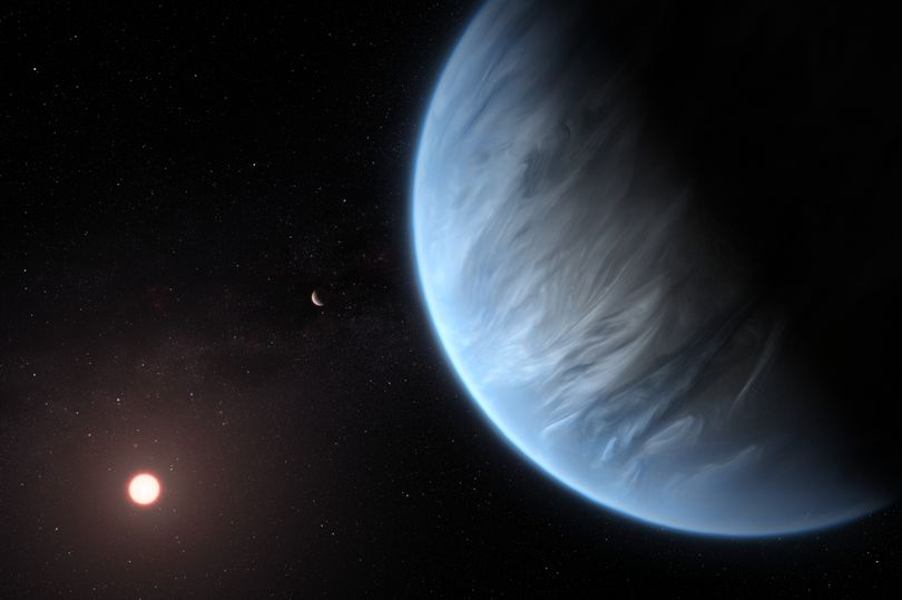 Scientists discover 'one in a million' Super-Earth at the centre of the galaxy