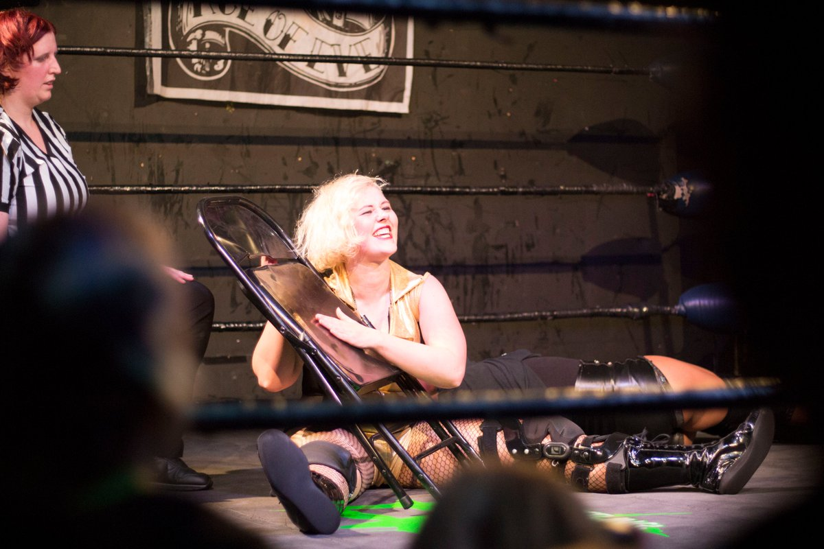 Happy birthday to the current @ProWrestlingEVE the badass and terrifying Rhia O'Reilly! And Happy Anniversary as well. Keep slayin em! 💚🇮🇪 https://t.co/zdoHG6LKX0