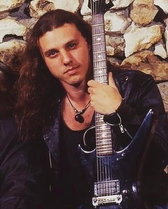 There aren't limits, you are only limited by however far you want to be limited... Happy 53rd birthday master Chuck Schuldiner. (May 13, 1967 - December 13, 2001)  #chuckschuldiner #ripchuckschuldiner #death #deathband #controldenied #deathmetal #legend #vocalist #guitarist #meta https://t.co/q77wm6OUH1
