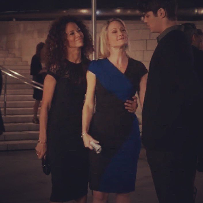Because this scene was cut and Lena couldn't keep her hands off her wife #Adamsfoster #thefosters #stefandlena <br>http://pic.twitter.com/n4J0tgfZti