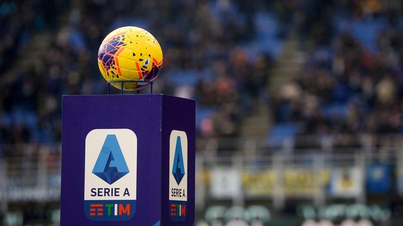 💥🇮🇹 Por fin hay fecha para el teórico regreso del calcio. Si el gobierno italiano acaba dando el OK, la @SerieA regresará a @vamos el 13 de junio.   Por esta fecha han votado 16 de los 20 clubes, mientras que por la del 20 de junio, solo 4.   #Calcio #SerieA https://t.co/NUuD0p1RPS